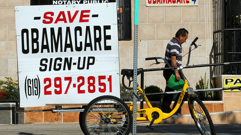 Steep decline in Obamacare sign-ups under Trump after ad takedown, executive order