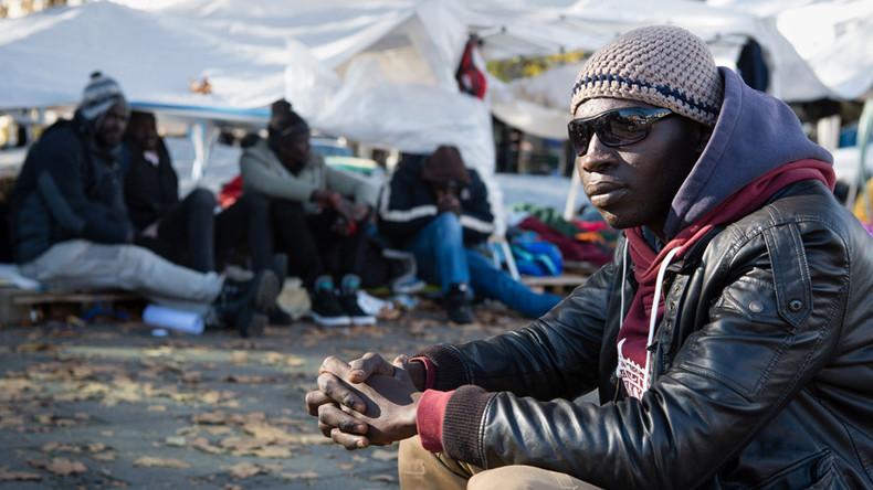 Merkel to present program to speed up deportation of failed asylum seekers – reports