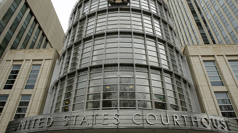 Two Americans plead guilty to bomb plot, admit supporting ISIS
