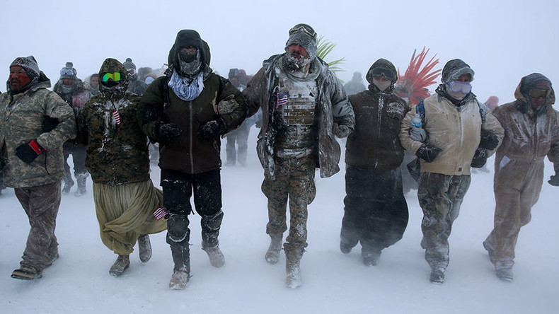 Army veterans forming human shield to protect NoDAPL protesters at Standing Rock