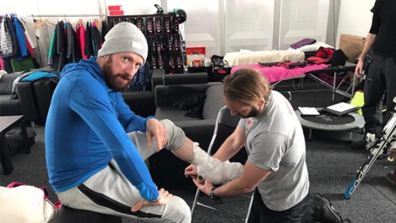 Bradley Wiggins pulls out of 'dangerous' TV show with broken leg