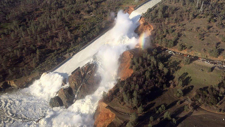 Authorities ignored California dam warning for 12 years, say environmentalists