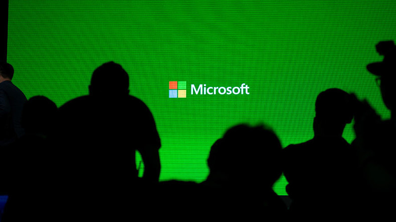 Microsoft's 'virtual couch' will send film buffs to outer space & virtual worlds