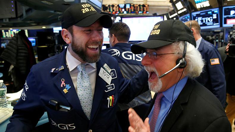Tech-heavy Nasdaq posts longest winning streak since dot-com bubble