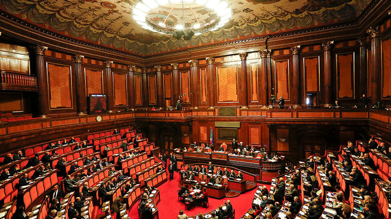 Italian senators mull making 'fake news' a crime punishable by fines & jail