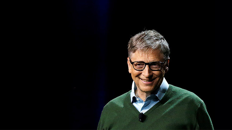 Robots that take human jobs should pay taxes - Bill Gates
