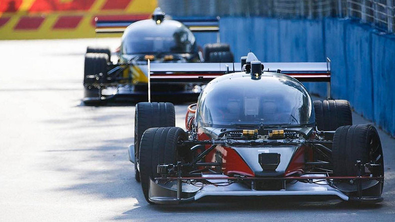 Self-driving robot cars reach 186kph on racing debuts (PHOTOS, VIDEOS)