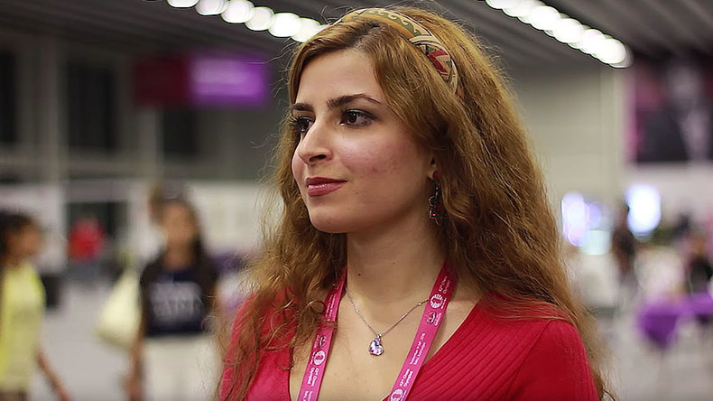 Young Iranian chess grandmaster expelled from national team for not wearing hijab