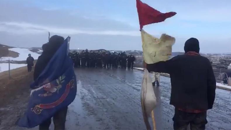 Police begin arresting, removing last DAPL protesters