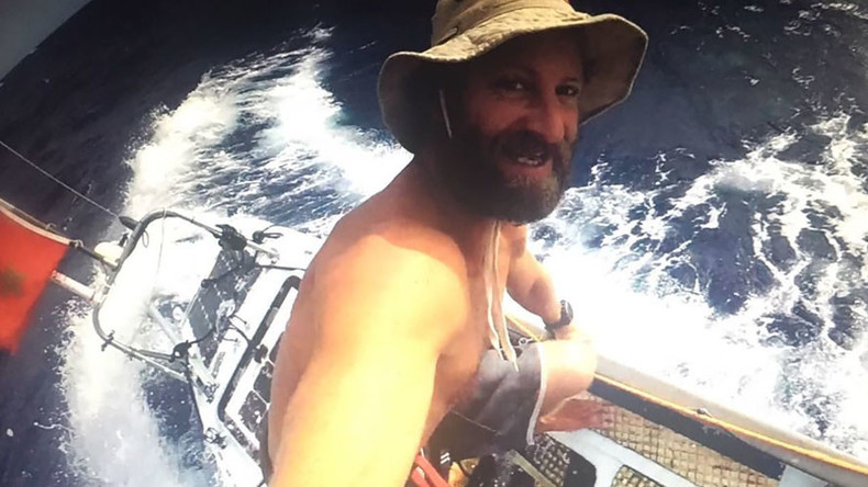 Paddleboarder enters last leg of world's first solo voyage across Atlantic (PHOTOS)