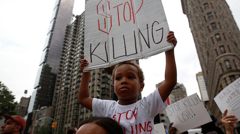 Philando Castile shooting: Officer pleads 'not guilty' over Facebook Live death