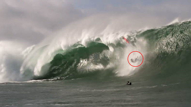 'I feel like I've been hit by a bus': 25ft wave slams into pro surfer (VIDEO)
