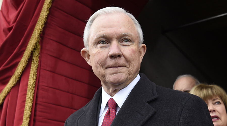 Trump's attorney-general pick Sessions clears committee hurdle, faces Senate vote