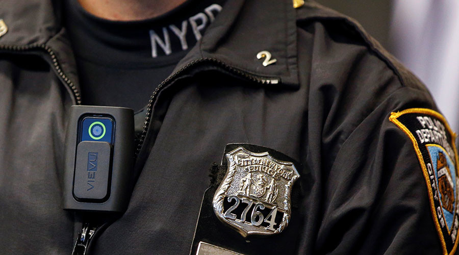 All New York police officers to wear body cameras by 2019