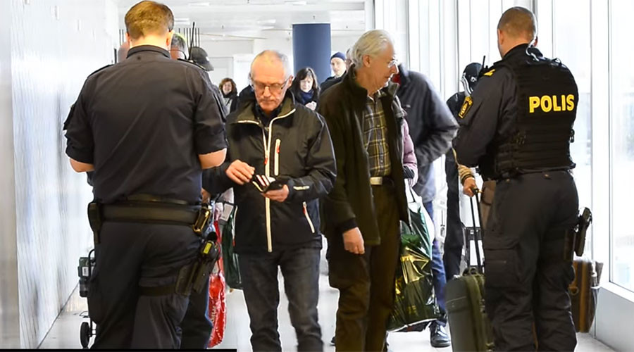 Sweden extends border controls amid 'still unclear situation' with asylum seekers