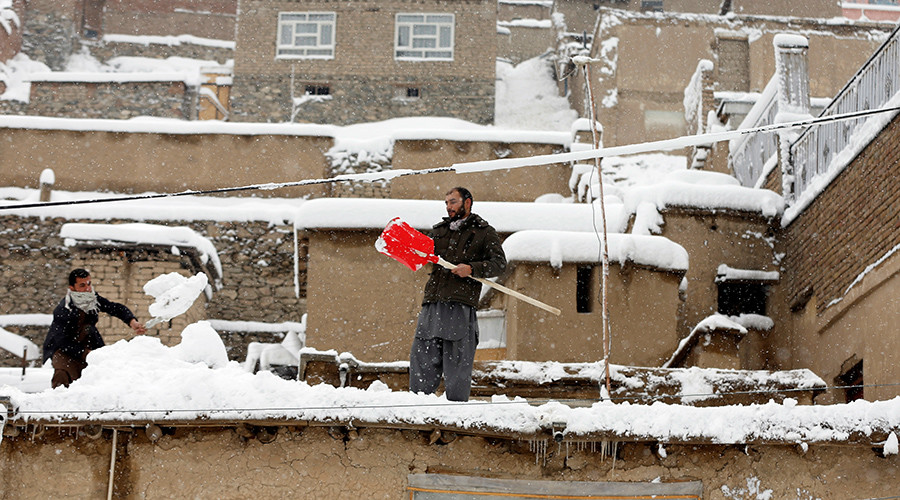Avalanches bury 'entire villages,' kill 100+ in Afghanistan & Pakistan amid freaky snowstorms