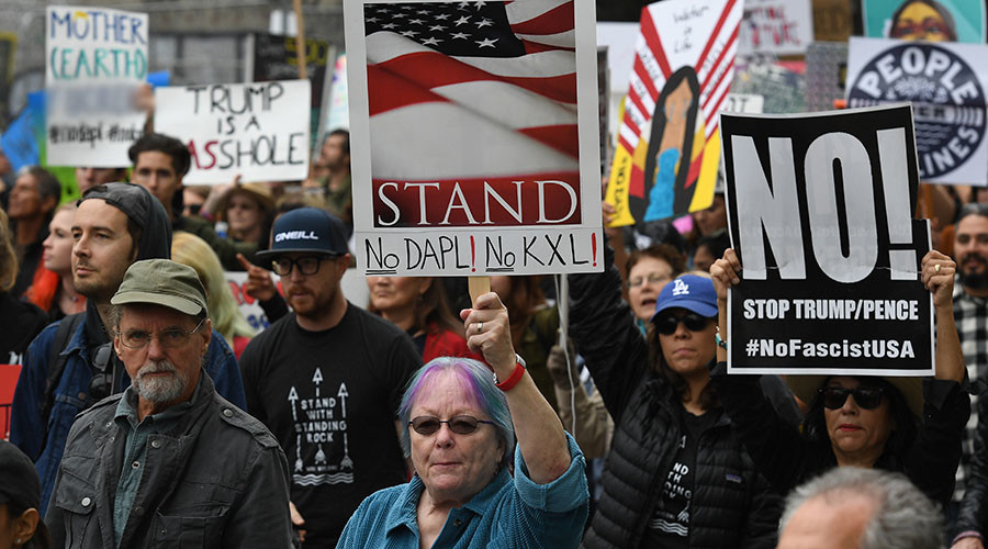 Thousands attend LA protest over Trump's DAPL & Keystone XL executive orders (VIDEOS, PHOTOS)