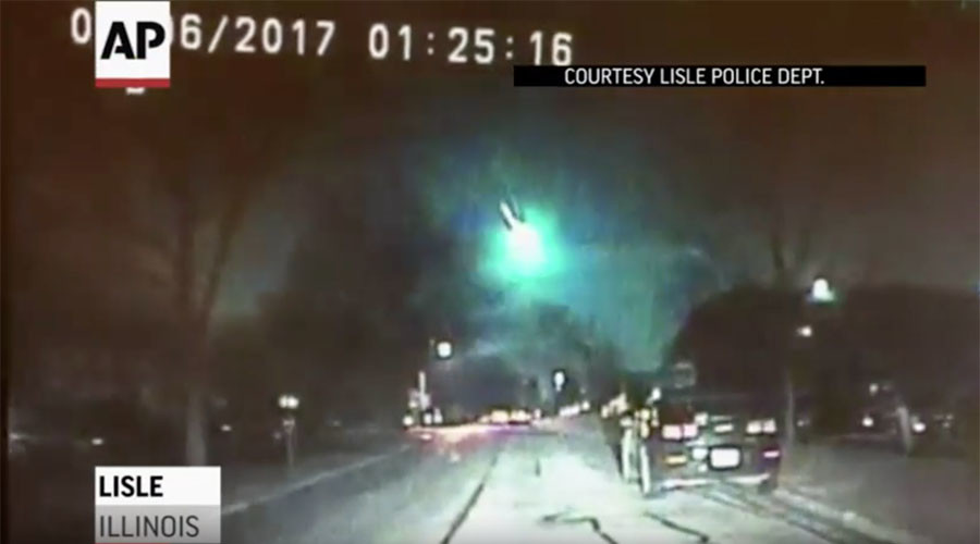 Green meteor sighted across upper Midwest (VIDEO)