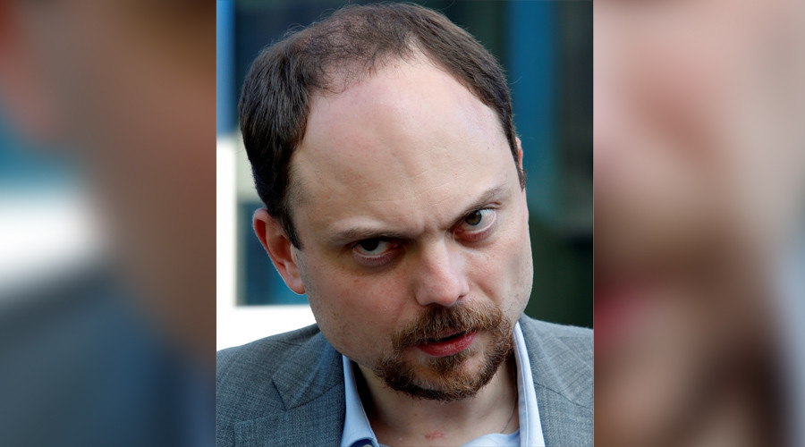 Opposition figure Kara-Murza out of coma, father denies allegations of poisoning