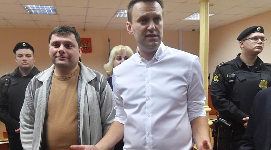 Western media coverage of Navalny & Le Pen shows breathtaking hypocrisy