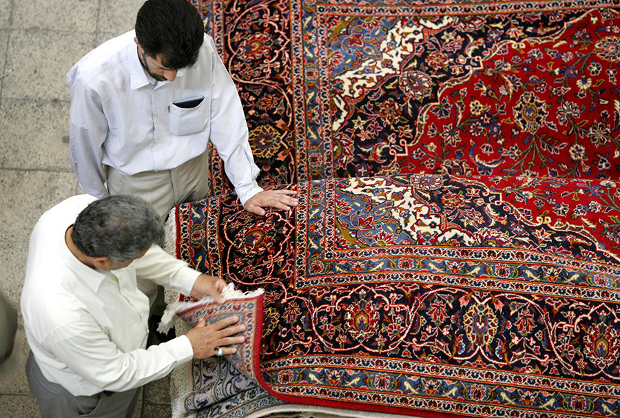 traditional antique turkish rug rugs iranian item carpet yilong vantage