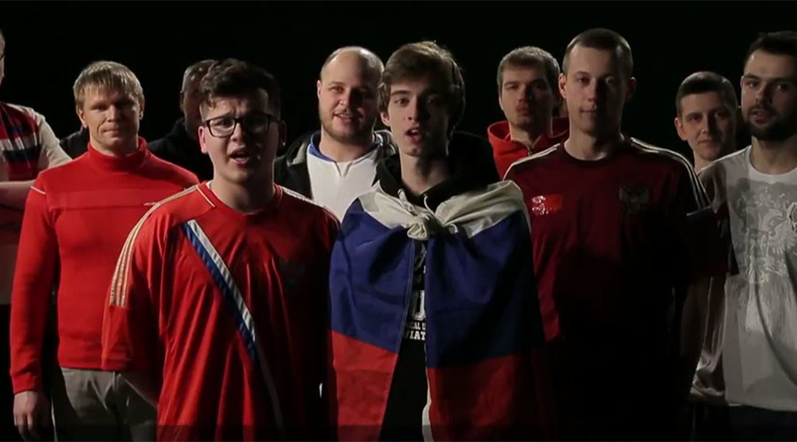 Russian football fans sing to Brits to ease World Cup '18 fears (VIDEO)