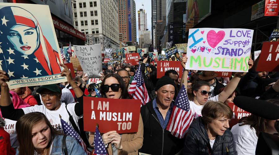 #IAmAMuslimToo protest in Times Square, anti-Trump rallies hit cities across US (VIDEOS, PHOTOS)
