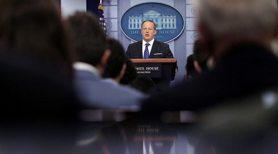 White House blocks several MSM orgs from press gaggle, others boycott in solidarity