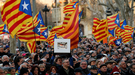 Thousands hit streets in Barcelona to support on-trial former Catalan leader Mas