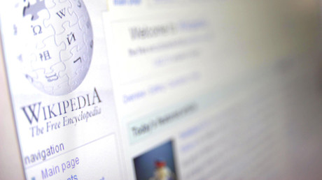 Wikipedia bans 'unreliable' Daily Mail as source