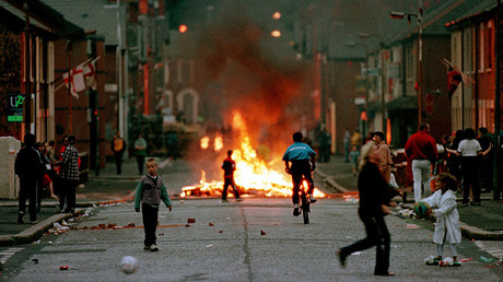 FILE PHOTO: Protestant area in west Belfast July 7, 1998