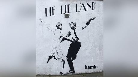 'Lie-Lie Land': Trump, Theresa trolled in viral UK street art (PHOTO)