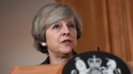 May promises France she won't cherry-pick EU membership during Brexit breakup