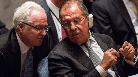 Sergey Lavrov (R), Foreign Minister of Russia, speaks to Vitaly Churkin. File photo. © Andrew Burton
