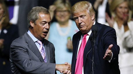 FILE PHOTO: U.S. President Donald Trump (R) and Nigel Farage © 