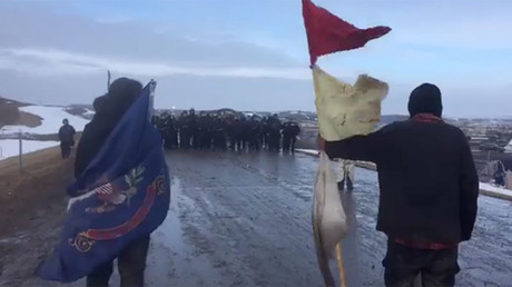 Police begin arresting, removing last DAPL protesters