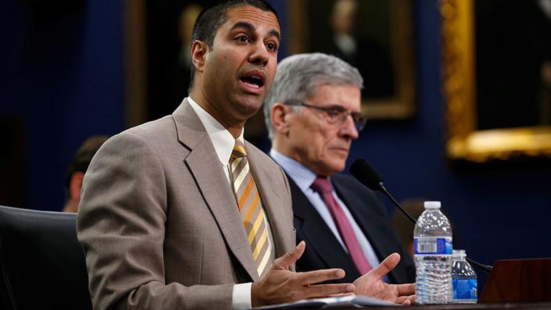 FCC blocks internet privacy regulations