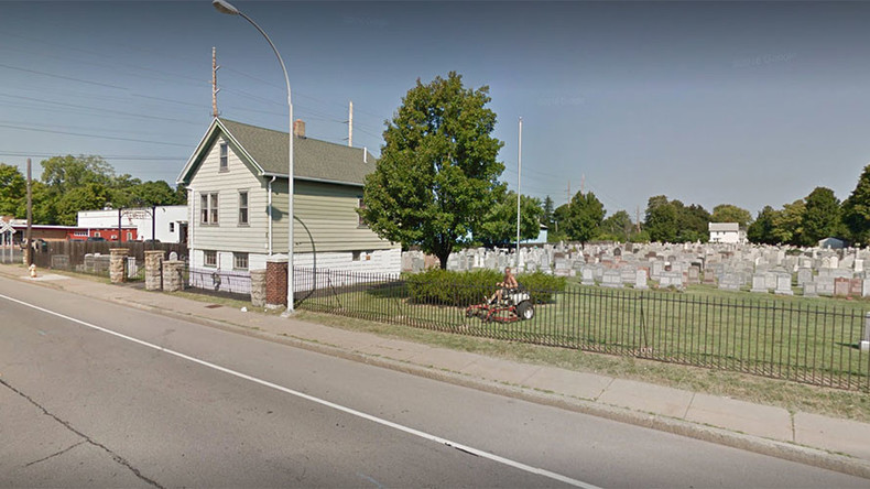 New York Jewish cemetery the third one vandalized in two weeks