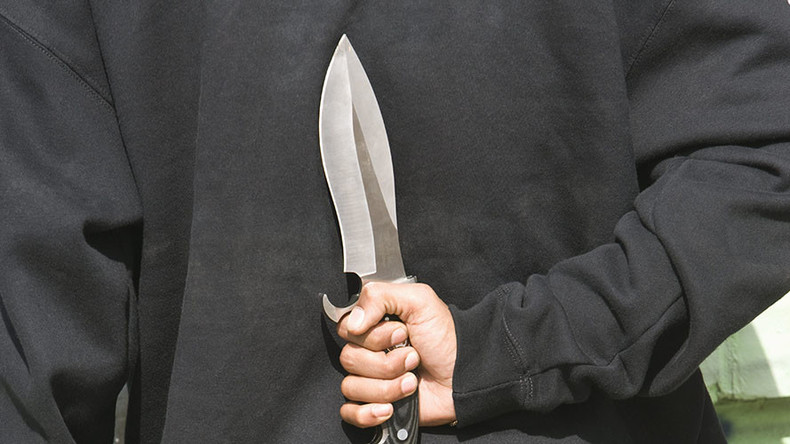 Stab victims avoid police by 'paying vets' to stitch their wounds