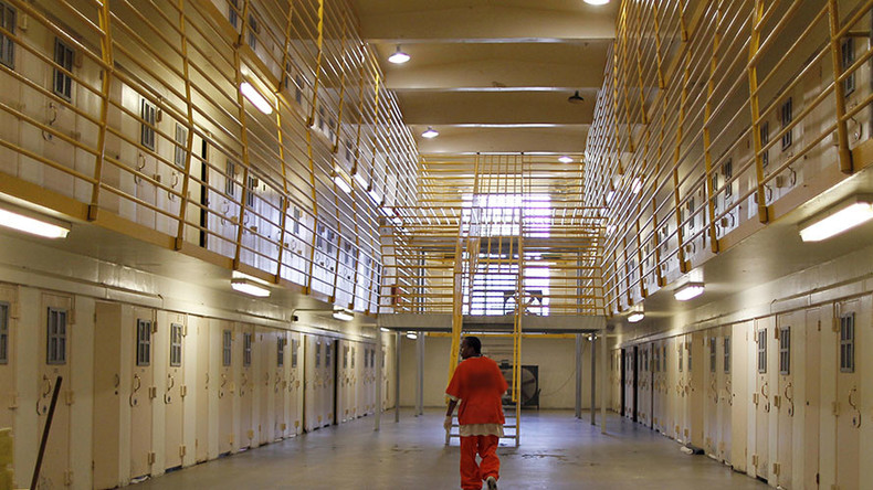 Nebraska prison 'disturbance' leaves 2 inmates dead