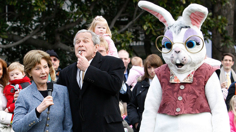 'What I would give to hide in a bunny costume again': Sean Spicer's furry past revealed