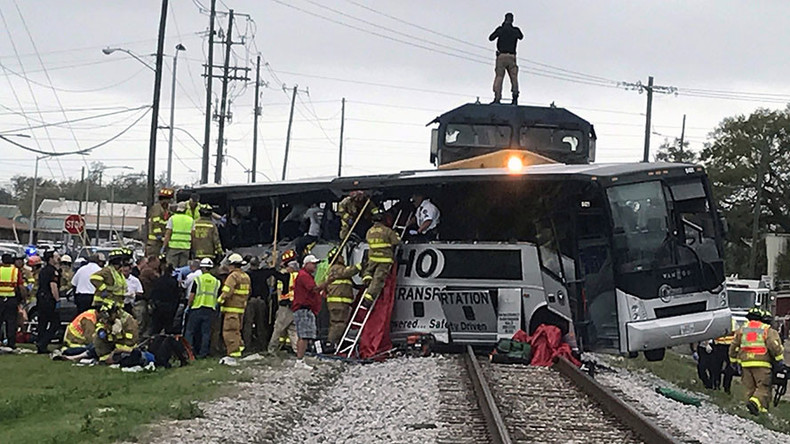4 dead, dozens injured as train hits bus in Biloxi, Mississippi