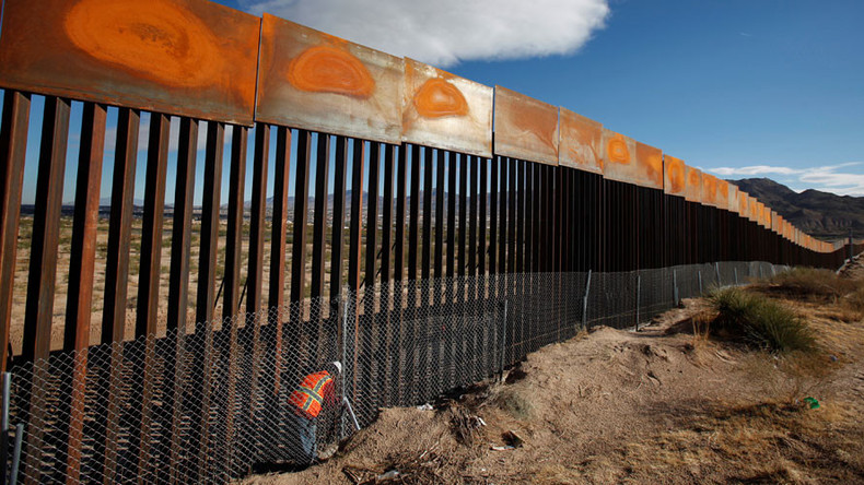France warns construction giant Lafarge against participating in Trump's wall project
