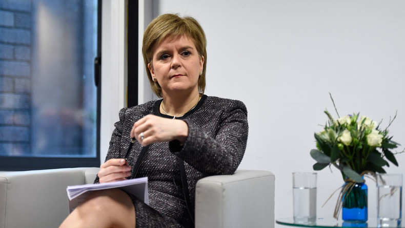Autumn 2018 is 'common sense' date for new Scottish referendum – Sturgeon