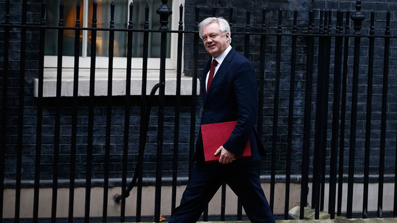 Brexit secretary David Davis admits he has no clue how 'no deal' with EU would hit Britain
