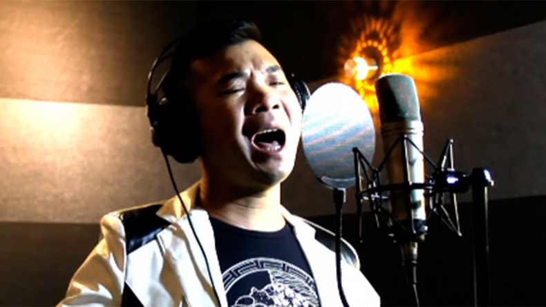 Chinese singer uses the sweet sound of music to battle US missile system (VIDEO)