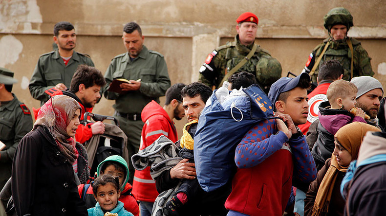 1,500 Syrian rebels, families leave last opposition stronghold in Homs (VIDEO)
