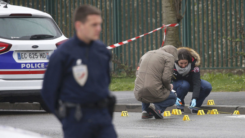 Confirmed: Orly attacker shot & injured police officer north of Paris before going to airport