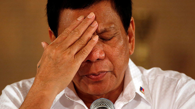 Philippines' Duterte calls Obama 'idiot,' impersonates Trump 'endorsing' his war on drugs