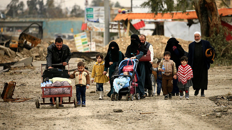Mosul civilians between 'a rock and a hard place' - ISIS & US-led coalition strikes